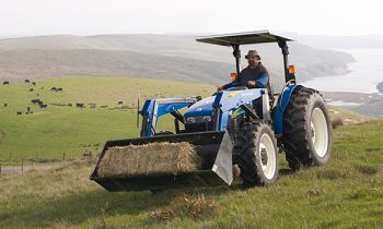 CroppedImage350210-newholland-626TL-frontloaderattachment.jpg